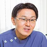 青山 健一理事長
