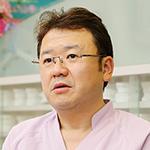 青柳 佳治 院長