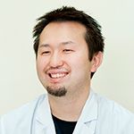 横山 智仁理事長