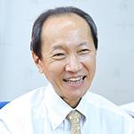 島崎 信次郎院長