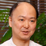 齊藤健太郎  院長