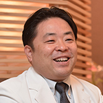 松山 仁昭 院長