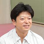 村松 賢一院長