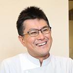 青島 健司院長