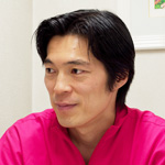 井坂文隆  院長