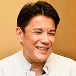 鈴木ティベリュウ 浩志 院長