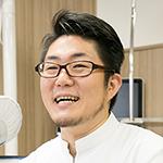 安田 篤史 院長