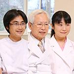 黒田 光保院長、黒田 英世副院長、黒田 香菜子先生