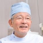 山口宏也  院長
