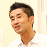 坂元健士  院長