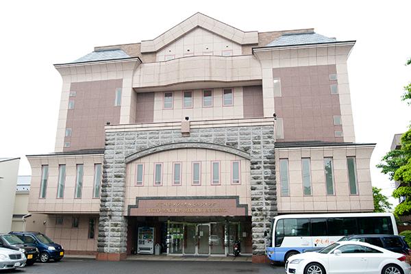 メイ・ロイヤル歯科医院