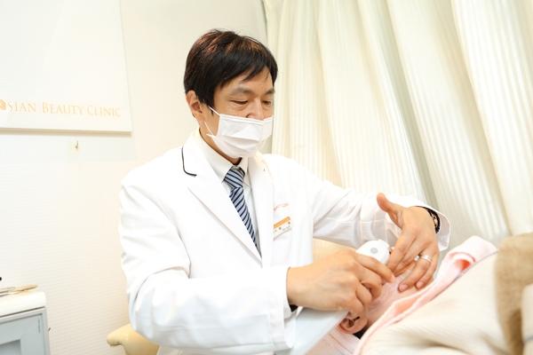 手術なしのリフトアップ治療真皮層に届くウルセラリフト
