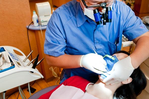 歯の詰め物にハイブリッドセラミック最近の虫歯治療法の魅力とは