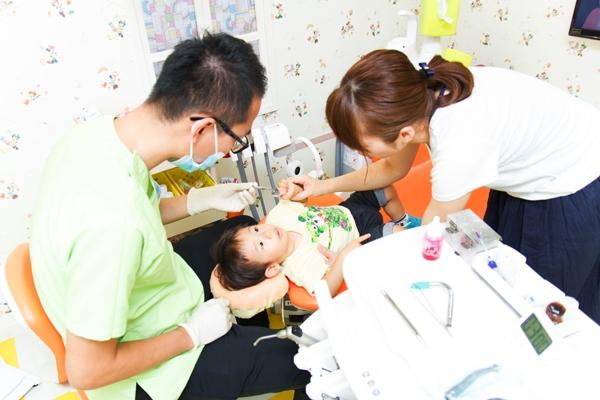 子どもの数十年後のために妊娠中から始める予防歯科