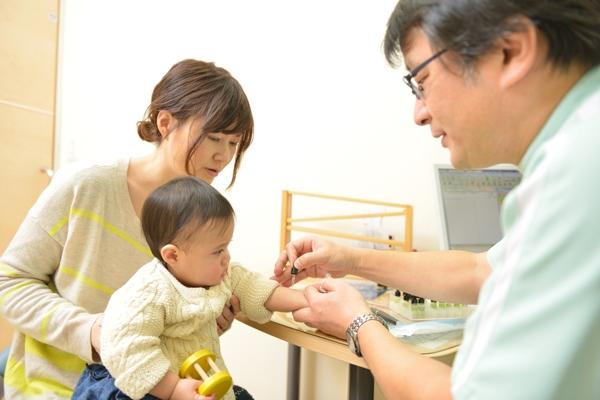 子どものアトピー 治療と検査早めのケアで明るい未来