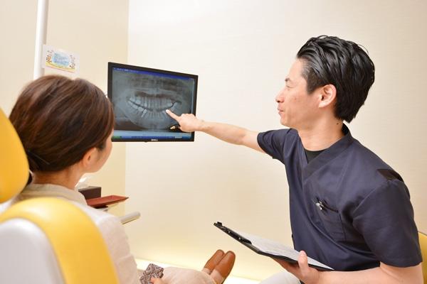 インプラント、ブリッジ、入れ歯選べる「組み合わせ治療」