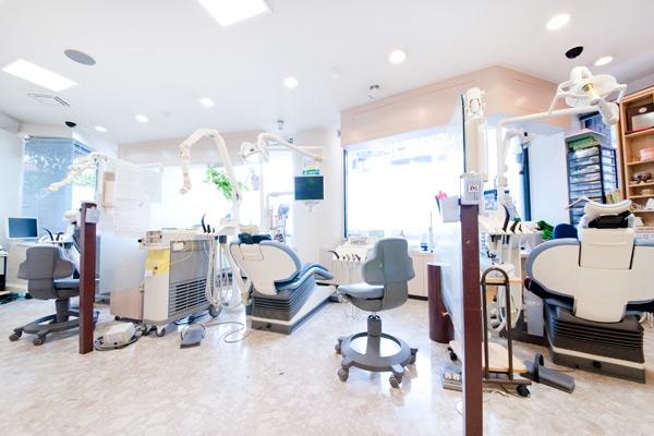 歯の詰め物をわずか1回の通院で先進のセラミック治療