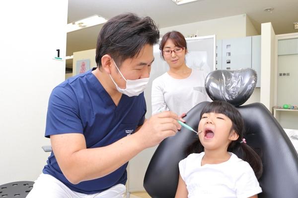 費用も期間も負担が少ない小児矯正で一生の歯並びを