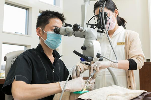 自由診療専門クリニックが提供するマイクロスコープを用いた診療