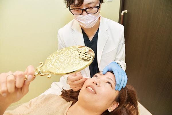 眉間や目尻のしわや汗の悩みにボツリヌストキシン毒素製剤注射