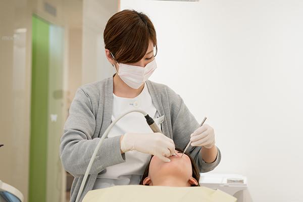 科学的な検査と効果的なメンテナンスで自分の歯を保つ予防的ケア