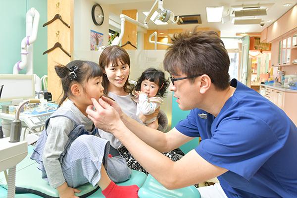 痛みや不安感の少ない子どもの虫歯治療