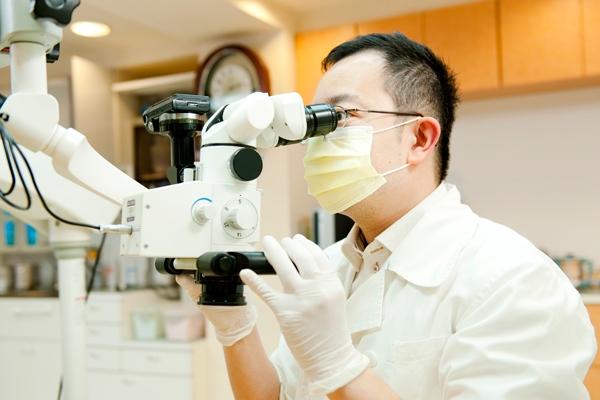 治療精度の向上を実現するマイクロスコープ治療