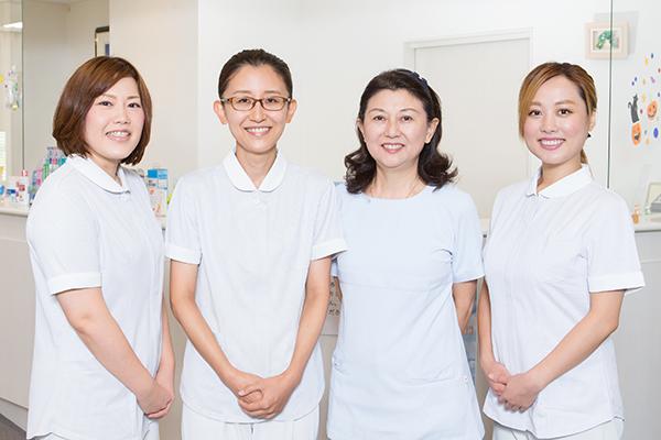 明るい笑顔で元気に働く!患者にやさしい、頼れるスタッフが自慢