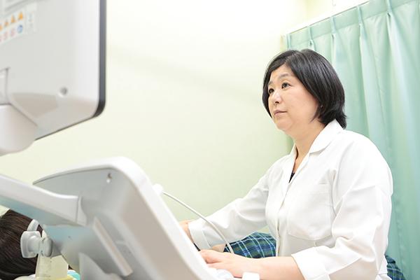 乳がんは早期発見が治癒の鍵乳腺の外来で定期的な検査を