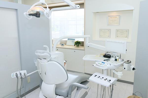各分野の歯科医師・技工士がチームで専門性の高い治療を提供