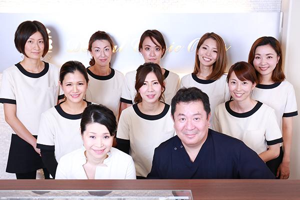 家族で通える歯科医院充実したスタッフと体制づくり