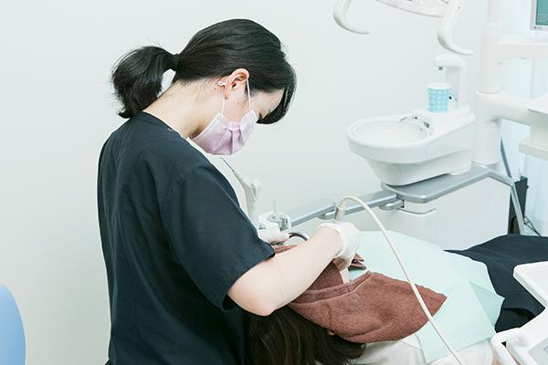 幅広い治療分野で手厚い医療を乳児の歯科健診から訪問歯科まで