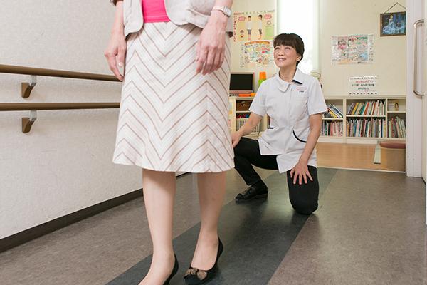 体の痛みの原因となる姿勢や動きに着目し変化を促す