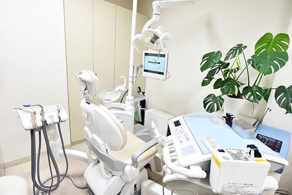予防歯科・歯周病・入れ歯・訪問診療かかりつけ医院で受ける治療