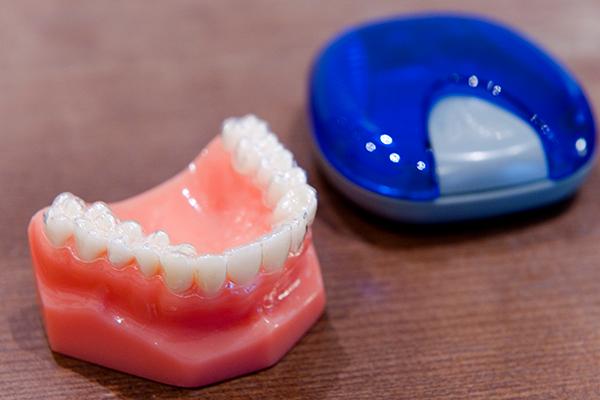 矯正のハードルを下げるマウスピース型装置による歯列矯正