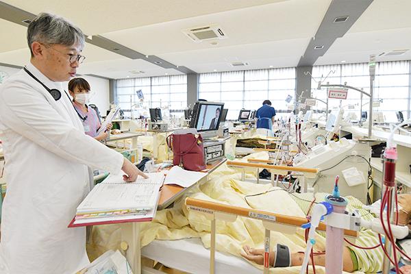 内科と皮膚科、メディカルスタッフが連携包括的な透析療法の提案