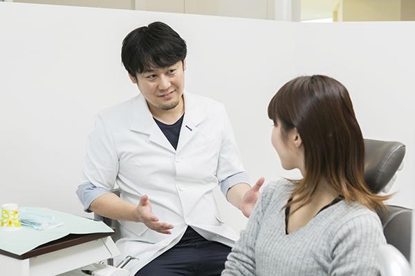 インプラント治療のメリットと事前説明や術後ケアの重要性