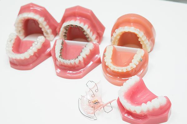 歯列矯正の疑問に丁寧に応えながら患者に合った矯正方法を選択