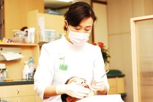 健康的な歯並びと魅力的なスマイル暮らしの質を豊かにする「矯正治療」