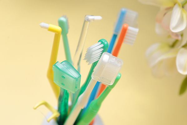 歯医者、歯科の定期検診虫歯/歯周病予防のためのメンテナンス
